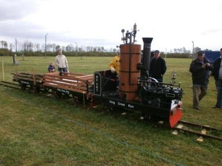 Steam engine for sale . : Click image for fullsize