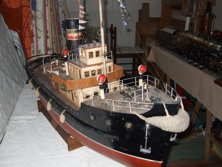 Fine italian sea steam tug.  .
