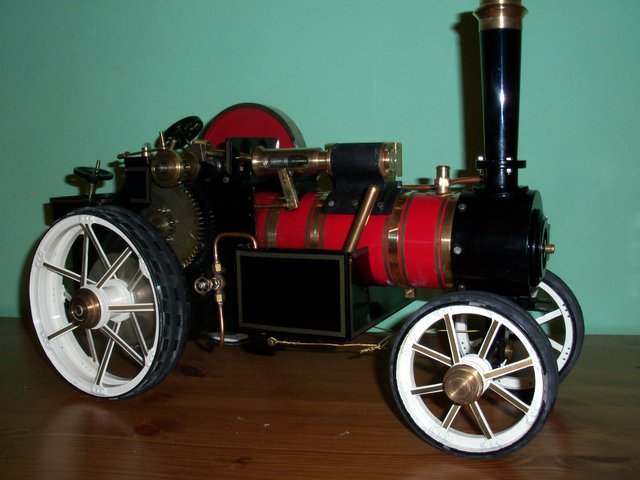 Spirit fired traction engine, 1inch maybe markie.